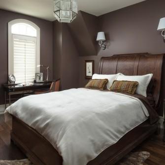 Luxury Brown Bedroom in Kleinburg